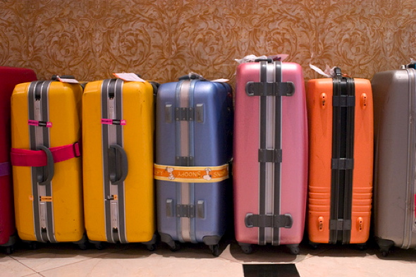 Luggage by nhanusek Creative Commons