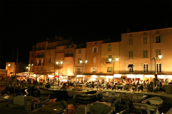Saint Tropez port at night by Remi Jouan (Creative Commons)
