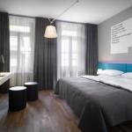 Hotel Room (Creative commons)