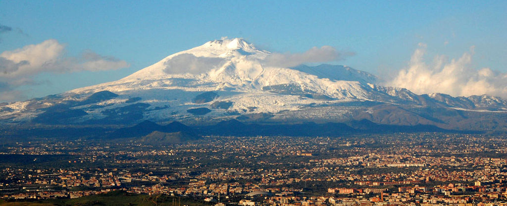 One of the things to know before going to Sicily: Mount Etna is one majestic volcano ... photo by CC user BenAveling on wikimedia