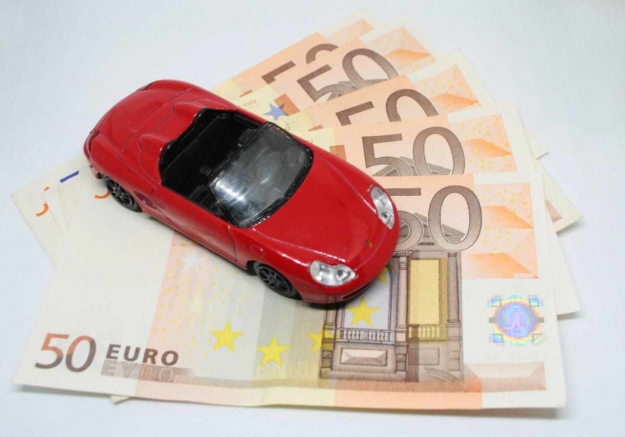 Follow These Tips to Save on Car Insurance in Ireland
